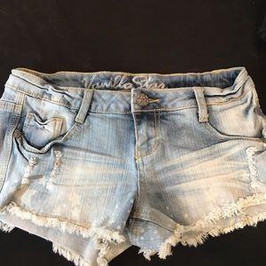 Vanilla Star Jean Shorts Size 3